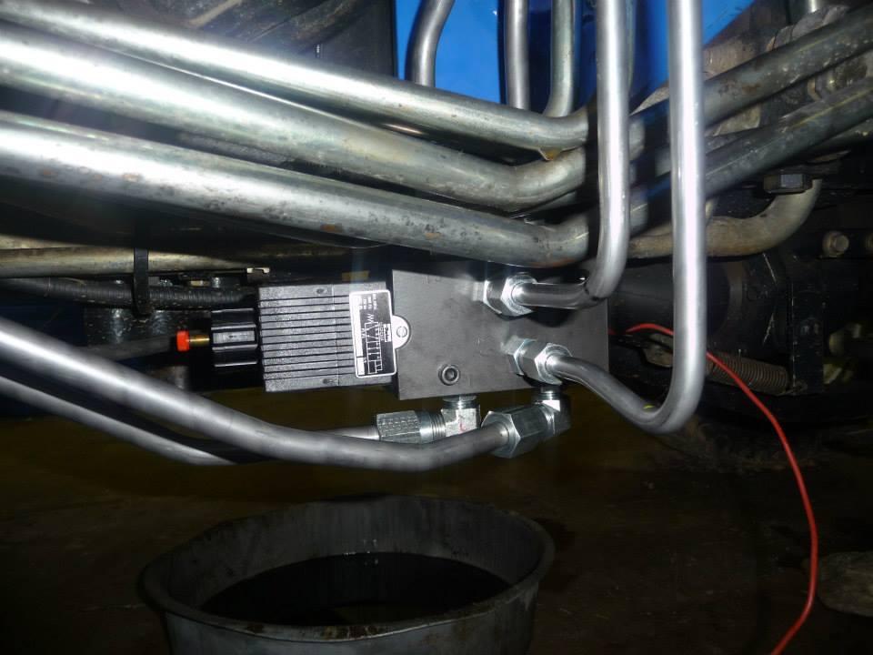 construction equipment hydraulic circuit repair rebuild